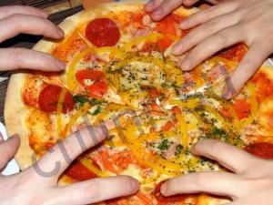 Пицца на скорую руку готовила я сама