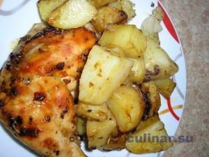 Как вкусно потушить картошку с курочкой