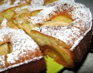 а ля французский пирог с яблоками и хурмой