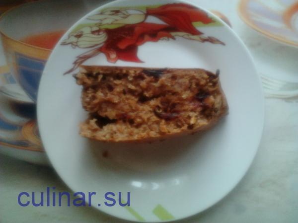 Постный стол: Ореховый пирог с финиками
