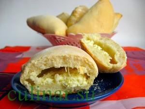 Пирожки с брынзой: вкусная выпечка