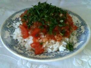 Рис с томатной подливкой