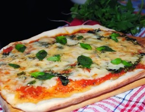 Как приготовить пиццу. Приемы профессионалов в домашних условиях