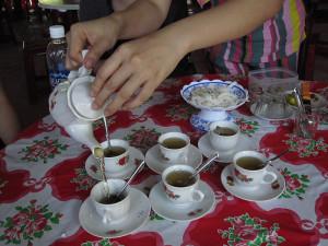 Чай - целебный и бодрящий напиток
