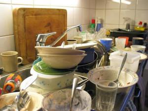 Кому мыть посуду?